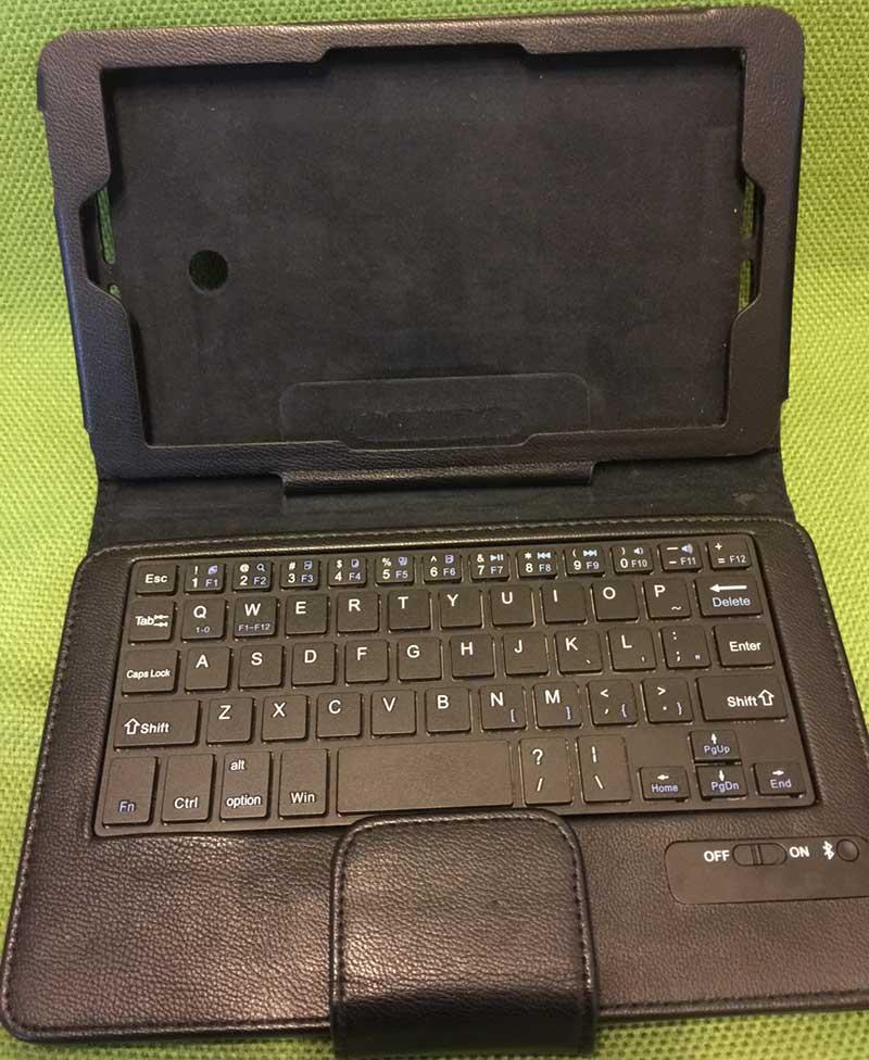 カバー一体型のキーボード