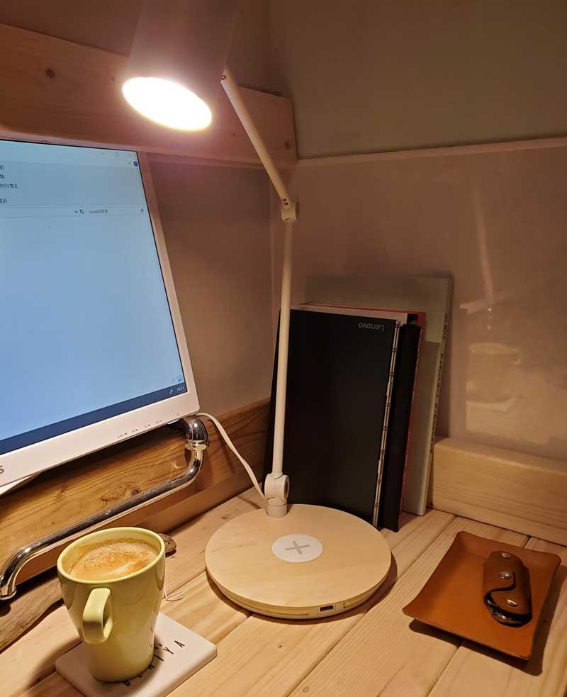 IKEAのワイヤレス充電スタンド