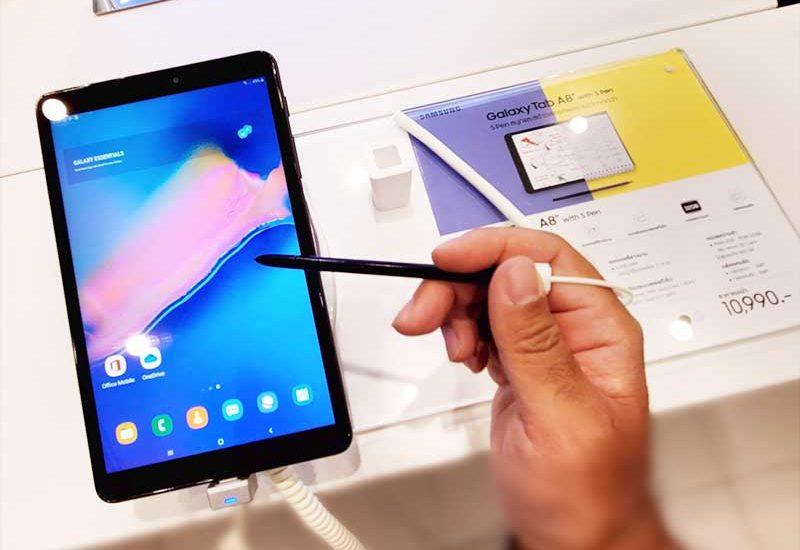 【日本未発売Sペン内蔵GalaxyTabA8.0″】3万円で日本Amazonで買える!iPad miniよりいいかも!