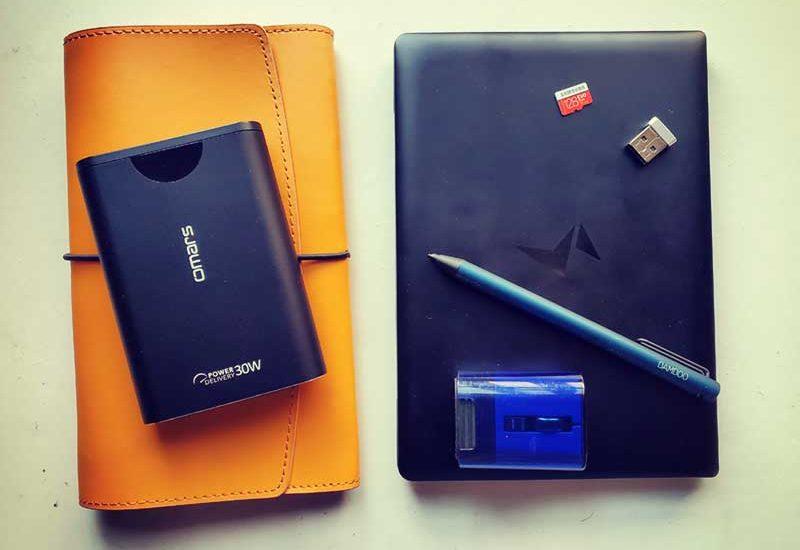 【MAG1を便利にするアクセサリー紹介】定番品からペンまで!Bluetoothマウスは途切れる不具合アリ?