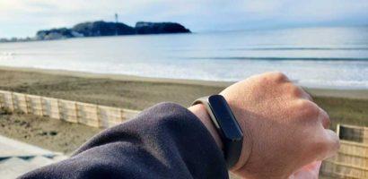 【AppleWatchからGalaxyFiteへ乗り換えレビュー】活動量計は軽さが命!シンプル機能の名機!