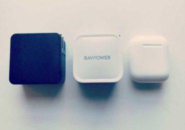 UMPC用の充電器はコレ!【RAVPower 61W急速充電器「RP-PC112」】プラグ折り畳みで小さい!軽い!ポケットに入る!