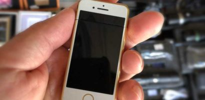 【タイ・パタヤの市場でガジェット探し】未発売の超小型iPhoneゴールド発見!中身は電子ライターだった!